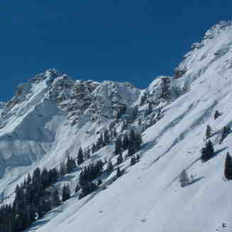 view from the back bowl track, Morzine