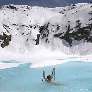 "Kaunertal Snow: Radim Palan ""swimming"" Kaunertal"