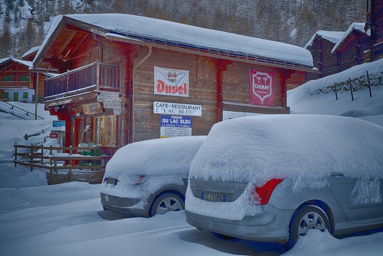 Fresh snow, La Gouille, Arolla