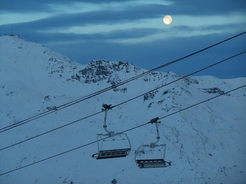 Moon, Val Thorens