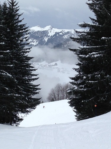 Le Grand Bornand Ski Resort by: JAM