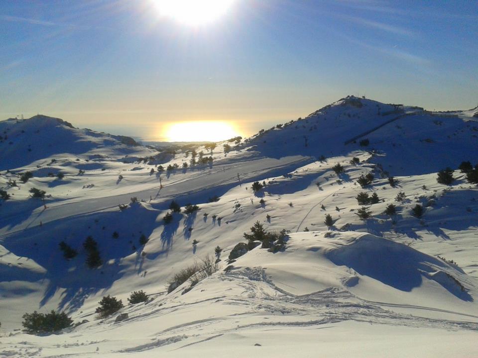 vue sur les sommets, Gréolières Les Neiges