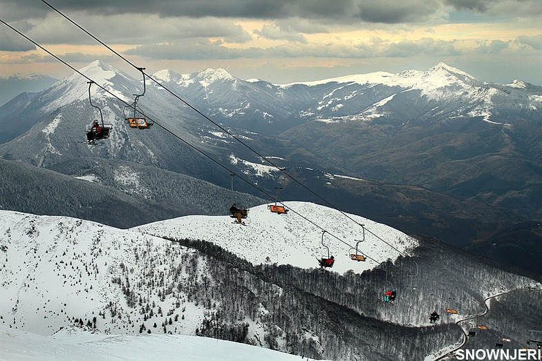 Lifting under dramatic clouds, Brezovica