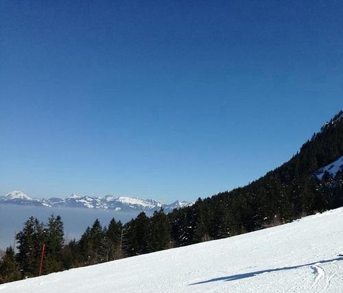 Thollon les Mémises Ski Resort by: vas