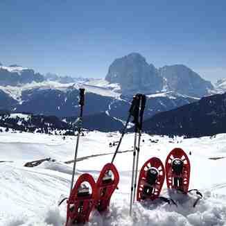 Snowshoeing in Val Gardena
