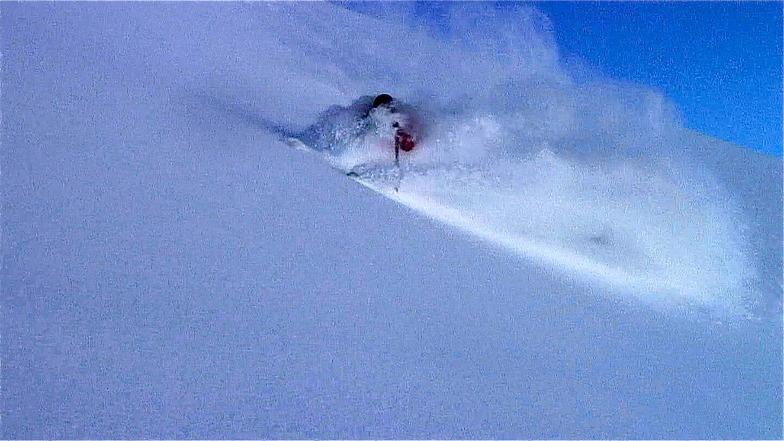 Mark Gear Skiing Powder, Chamonix