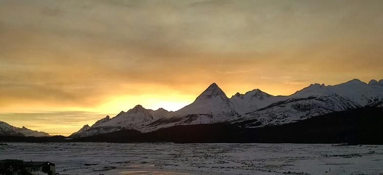 Ushuaia - Tierra Mayor, Cerro Castor