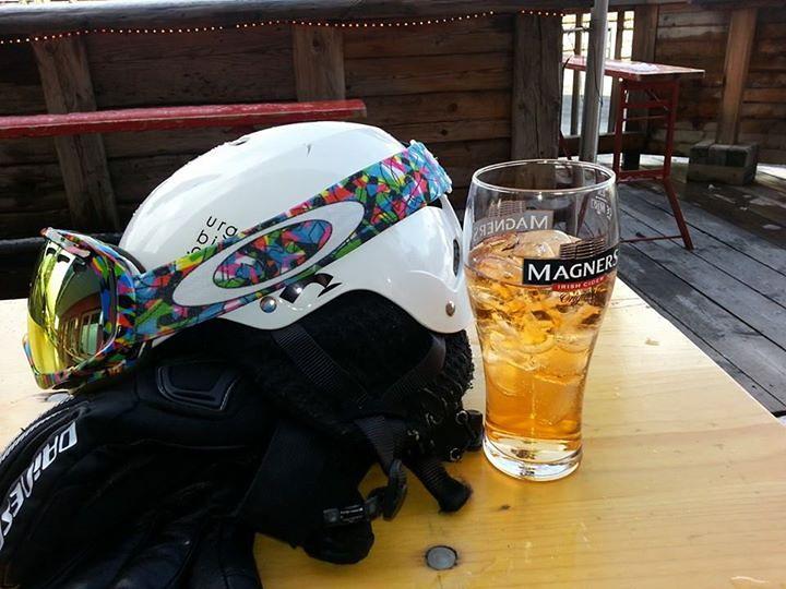 beer and oakleys, Söll