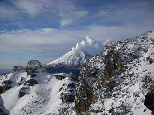 Popocatepetl Ski Resort by: Angel Martinez