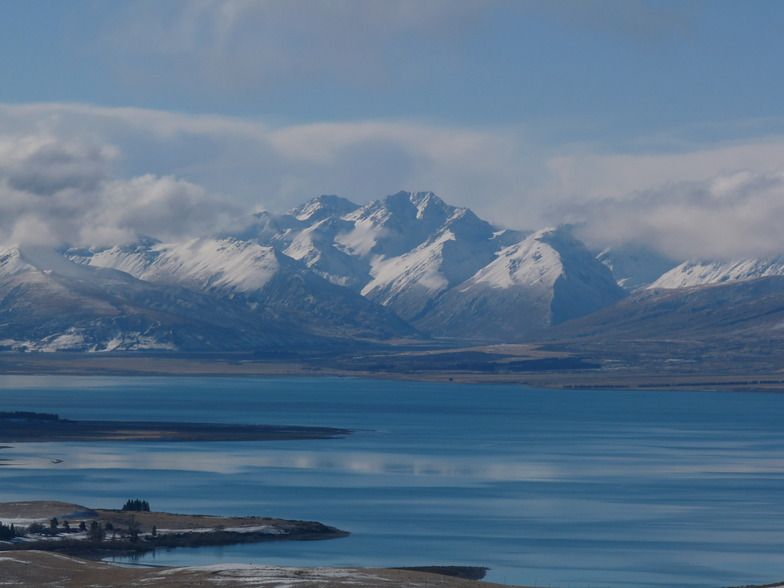 Lake Tekapo and the Godley Valley, Roundhill