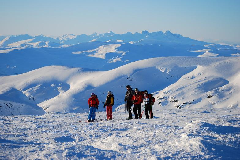 Heli skiing in mid Feb, Hemavan and Tärnaby
