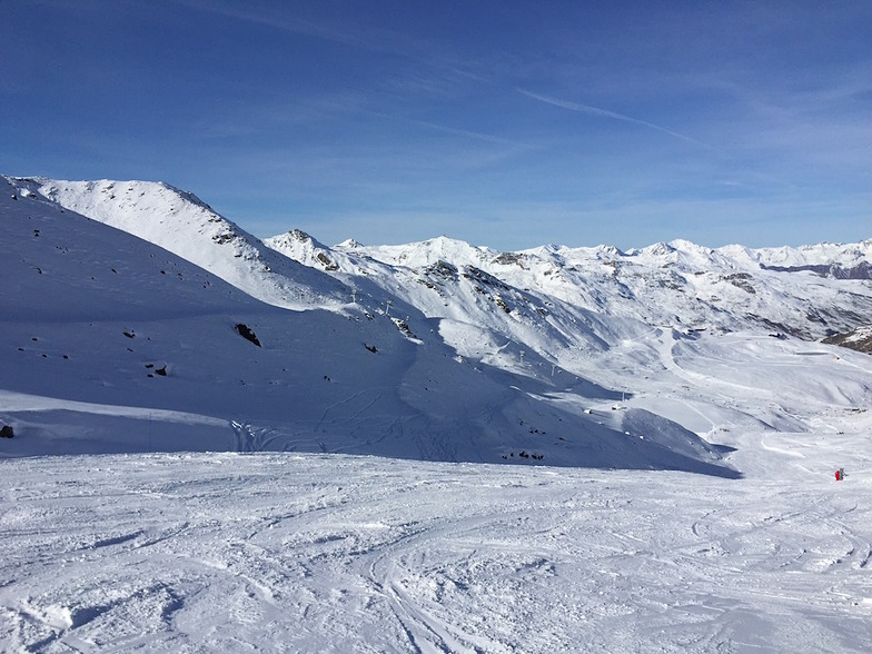 Opening day of the 2014/15 season at Val Thorens