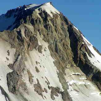 Steep climb up Mount Hood's west side, Timberline