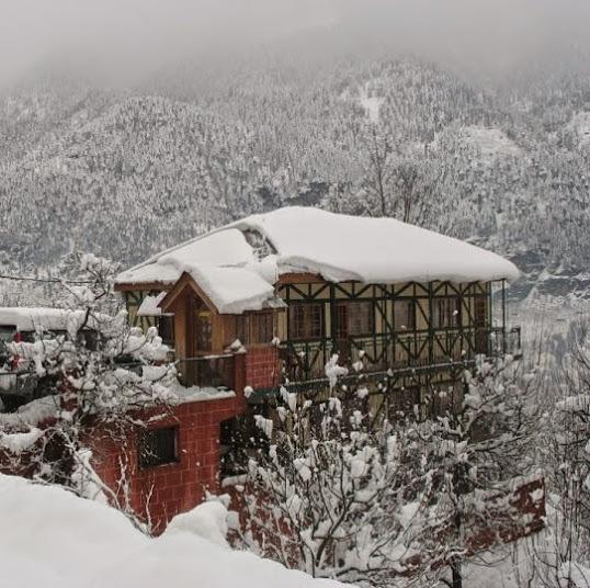 Leo Rose Bell Villa Shuru Road, Manali (Himachal Heli-Ski)