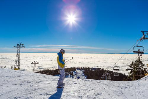 Grouse Mountain Ski Resort by: Peak  Office