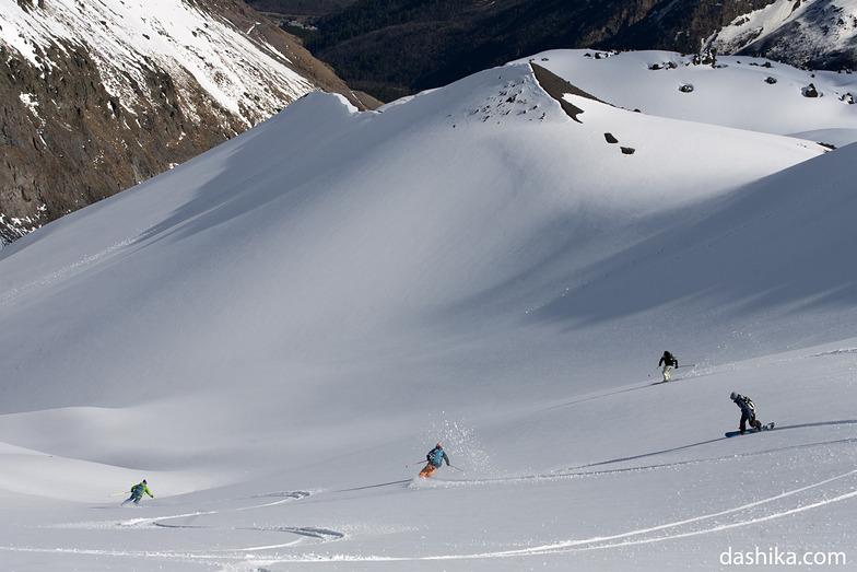 Freeriding in May, Mt Elbrus