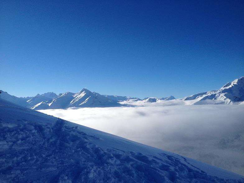 Low Cloud, Le Corbier (Les Sybelles)