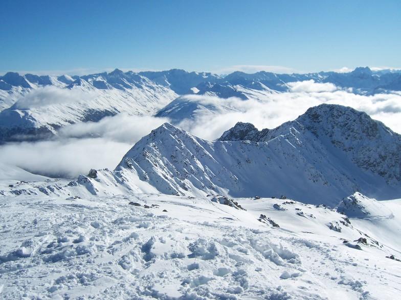 Schiahorn from the Weissfluegipfil above Davos