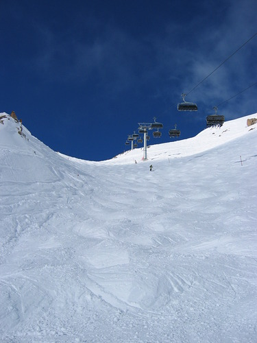 Samnaun Ski Resort by: Stefan
