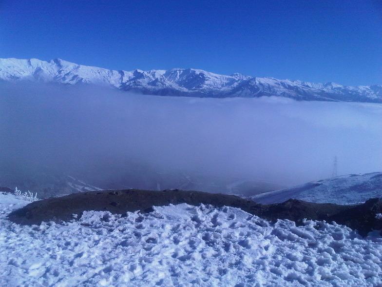 Taleghan mountains near dizin