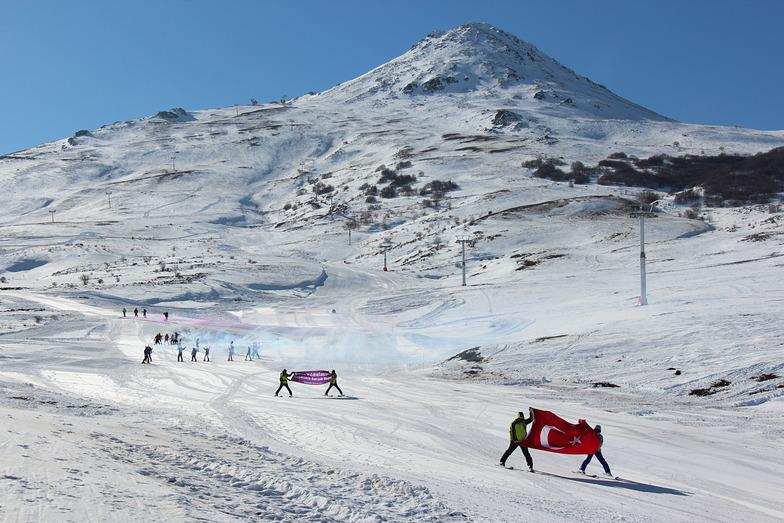Yildiz Ski Resort snow