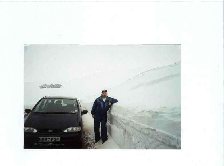 deep snow caingorm, Cairngorm