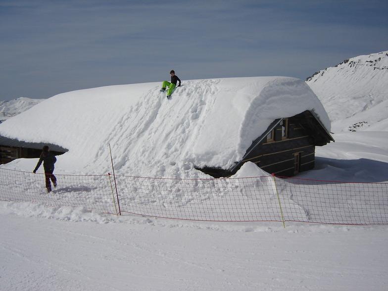 Snow fairy tale in Hauteluce for kids, Hauteluce Val Joly