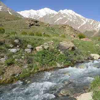 mount oshtorankoh azna iran, Mount Damavand