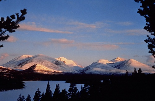 Lillehammer Ski Resort by: Byung Chun,Moon
