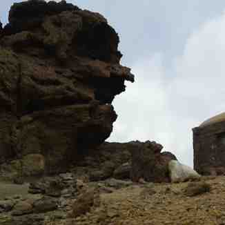 افسانه ضحاک ماردوش و فریدون شاه, Mount Damavand