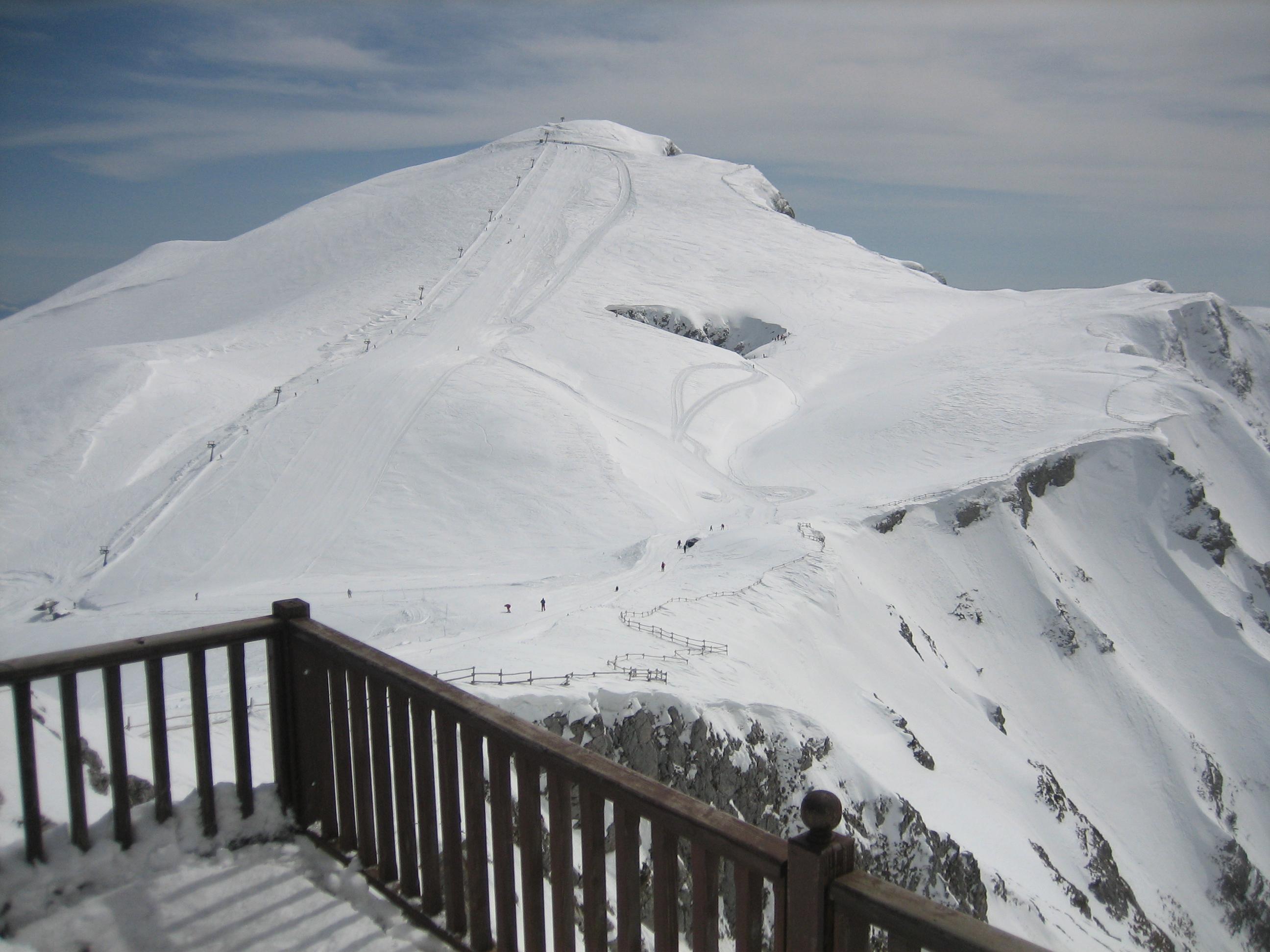 "Looking ""xionotripa"" pist from"" chalet on 2110m Mt.Falakro, Falakro Ski Resort"