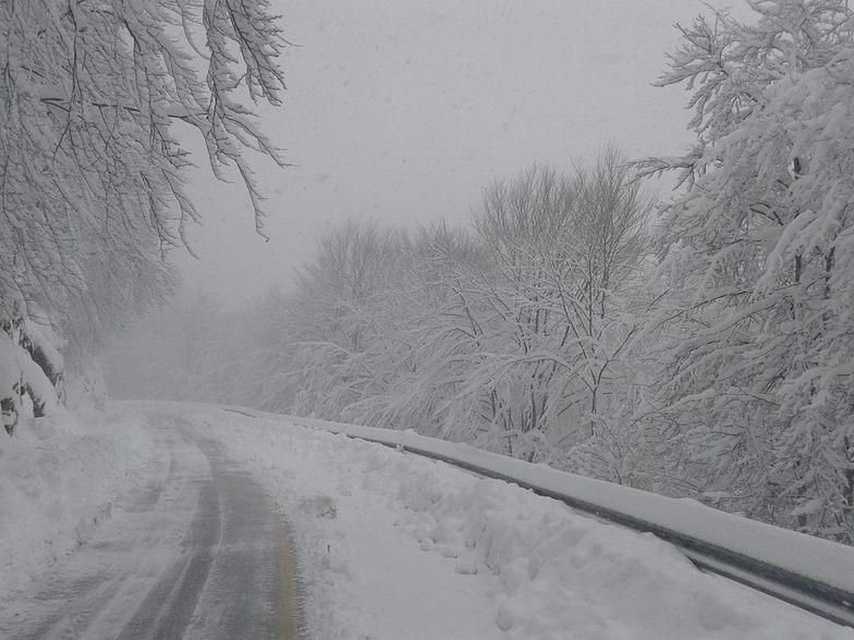 Road to Falakro closed 7 march 2015, Falakro Ski Resort