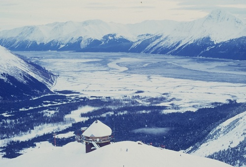 Alyeska Resort Ski Resort by: Byung Chun,Moon