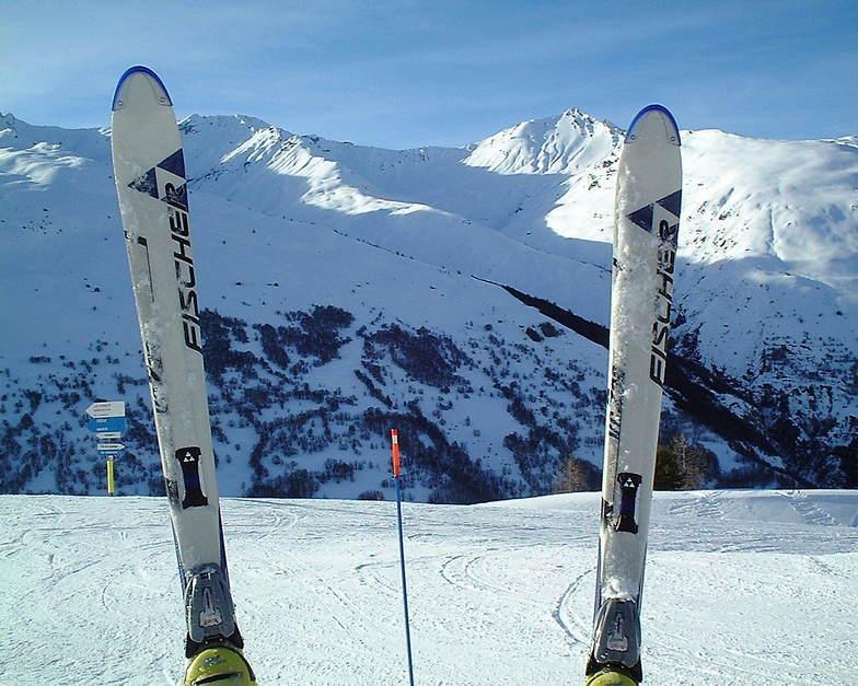 Valloire snow