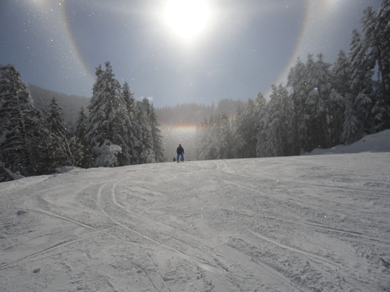 mid afternoon sun shine, Borovets