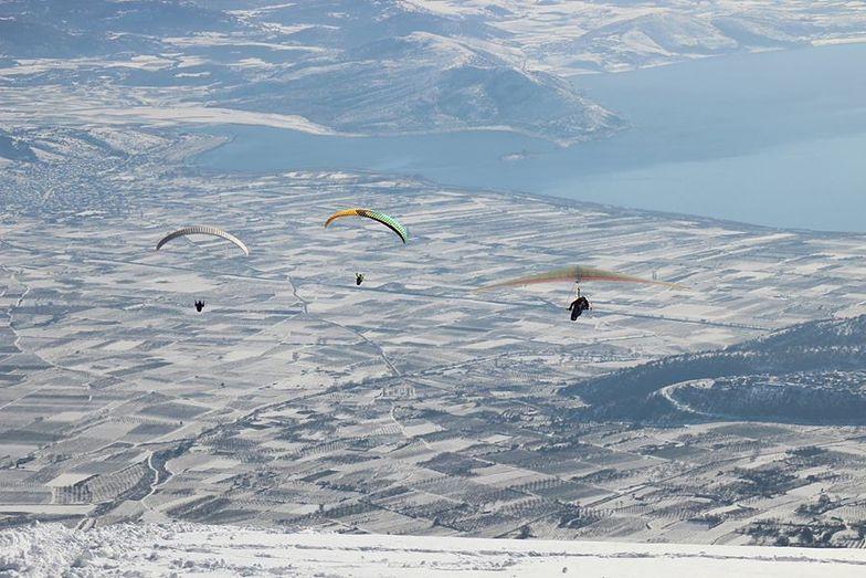 Flight after sking, Mt Voras Kaimaktsalan