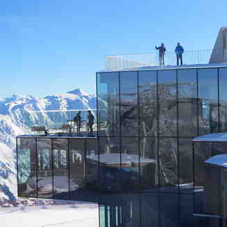 IceQ Restaurant From SPECTRE Movie, Sölden
