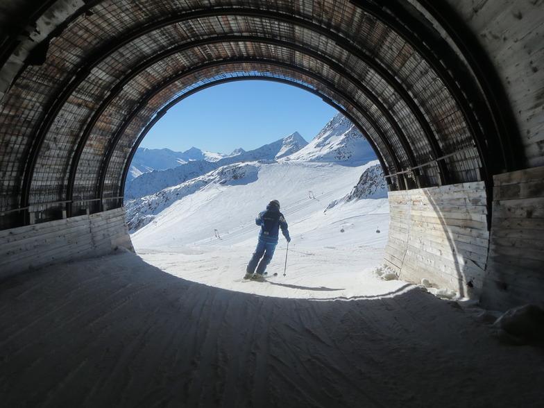 October Skiing In Solden Through Tunnel Between Glaciers, Sölden