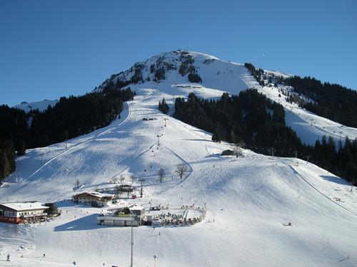 Söll Ski Resort by: richard brewer