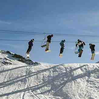 Escuela de esqui&snowboard Ríos del Pirineo, Boi Taull