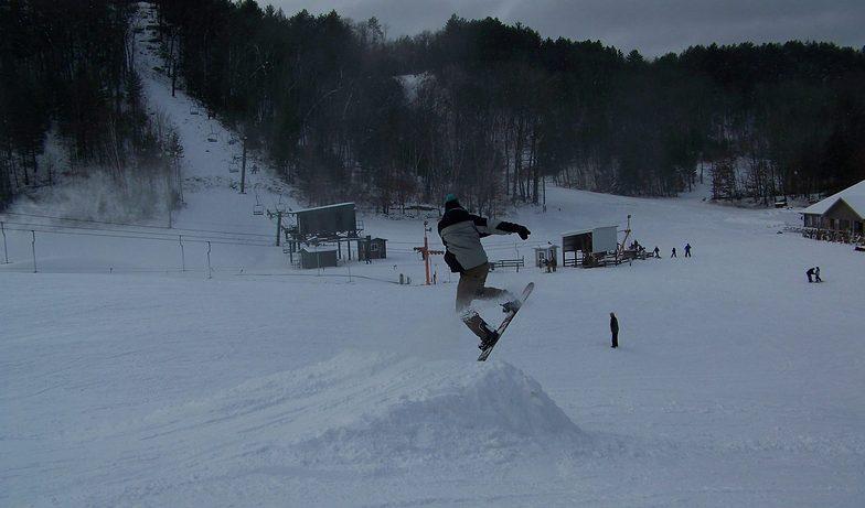 Snowboarder, Bruce Mound