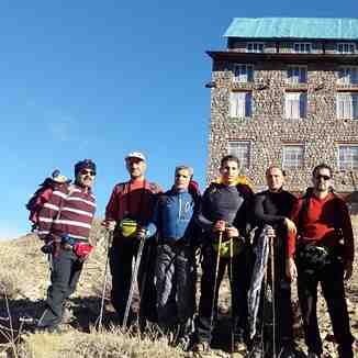shelter sobah taftan, Mount Damavand