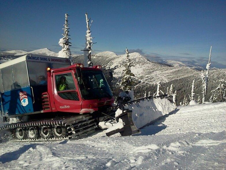 Cat skiing, Selkirk Powder