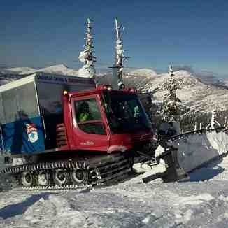 Cat skiing, Selkirk Powder