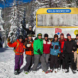 Cat Skiing Group Shot, Selkirk Powder