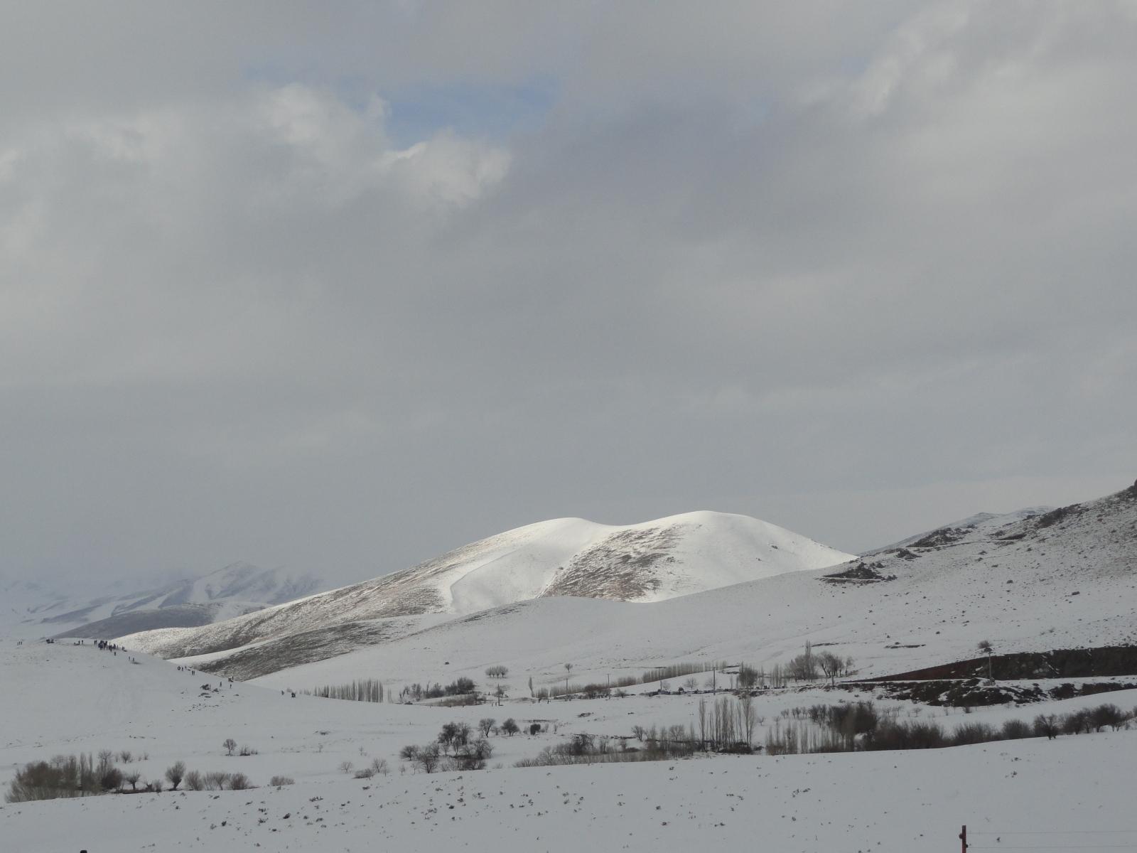 Hendodar ski resort scenery around Arak, Mount Damavand