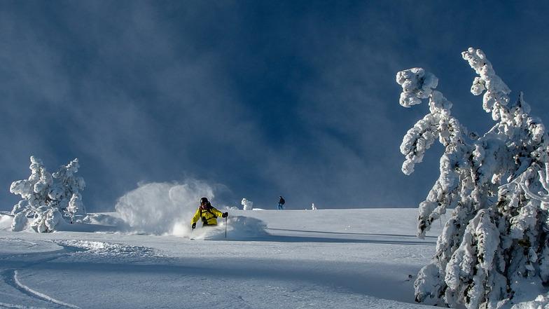 Apex Resort snow