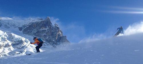 La Grave-La Meije Ski Resort by: gary sawyer