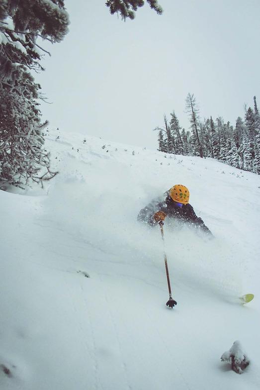 Goodluck, Showdown Ski Area