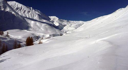Val d'Allos – La Foux (Espace Lumière) Ski Resort by: Bois